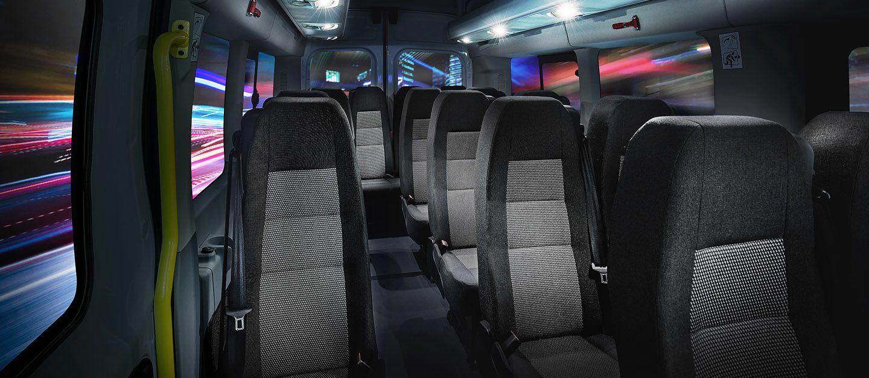 Con capacidad para 17 pasajeros.